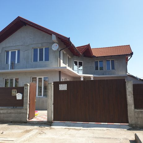 casa de vanzare teren 384mp construit 150 pe nivel acte la zi