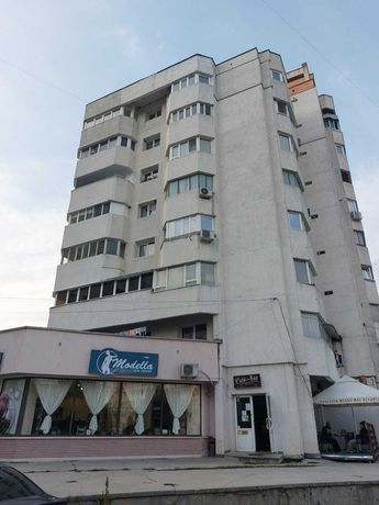 Apartament 3 camere decomandat Stefan cel Mare vis-a-vis de Mall 87mp