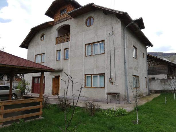 Casa 450mp cu teren total 1000 mp sat Piatra, Comuna Runcu, Dâmbovița