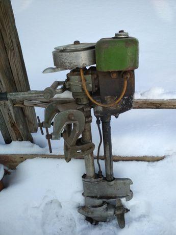 Лодочный мотор лм1