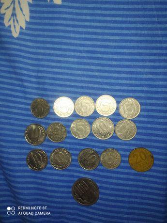 Bani de 5 și 10 lei