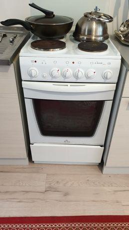 Электрическая плита  De luxe Classic plus