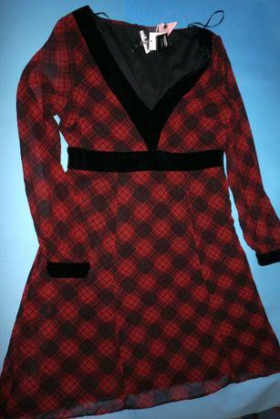 Платье фирмы F&F