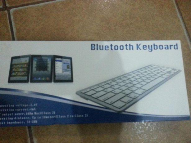 Tastatura bluetooth