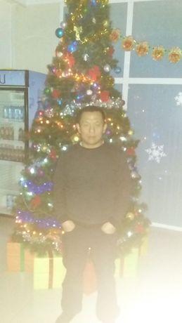 Большая новогодняя елка. В отличном состоянии. Высота 3 метра