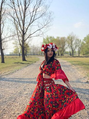 Costum pentru dans tiganesc