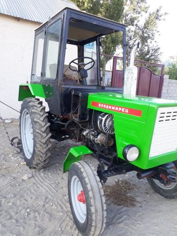 Транспорт трактор