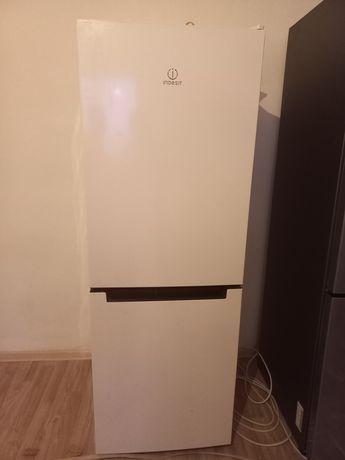 Холодилник хорошем состоянии