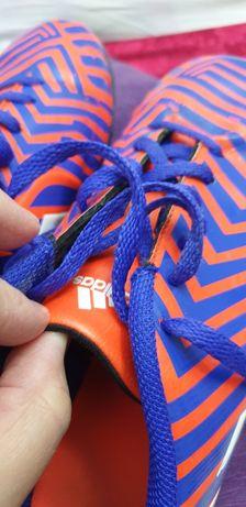 Adidas sală. Adidas.