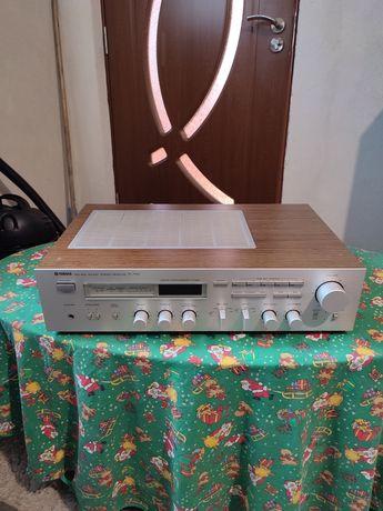 Vând Statie Yamaha R-700