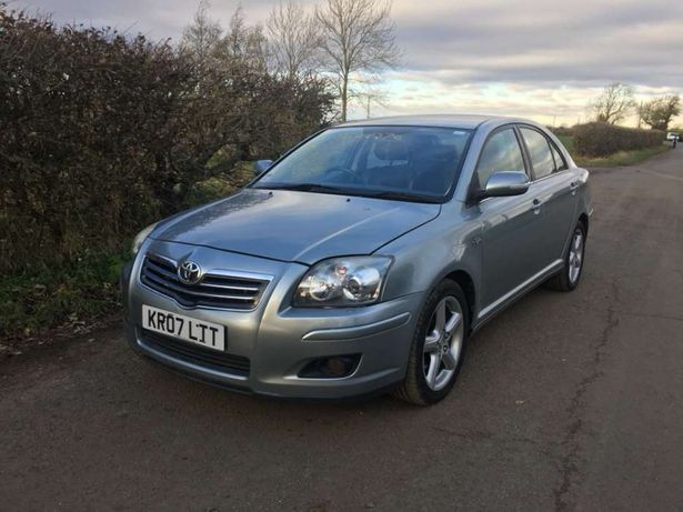 Dezmembrez toyota Avensis 2.2 D-CAT an 2007 full option 177 cai