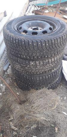 Продается шины с дисками