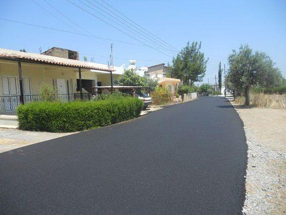 Асфалтиране и пътно строителство
