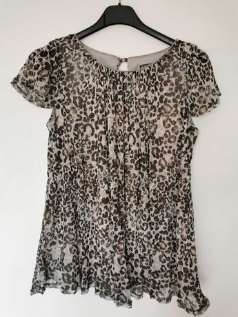 Ефектна блуза с къс ръкав