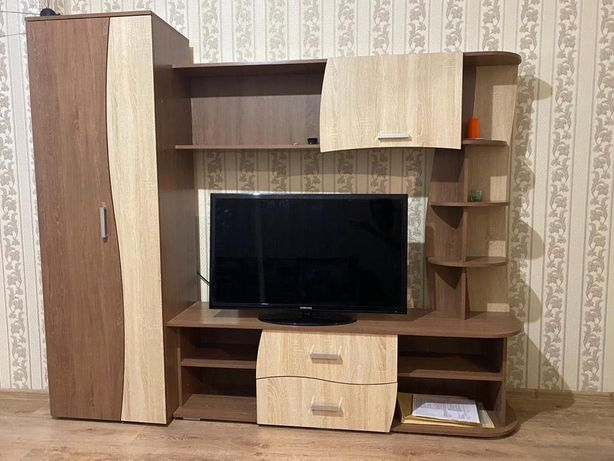 Продаётся шкаф модуль и диван