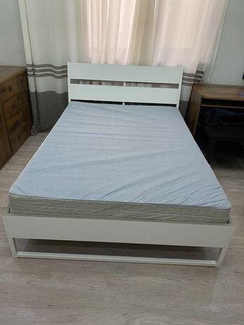 Продается кровать .