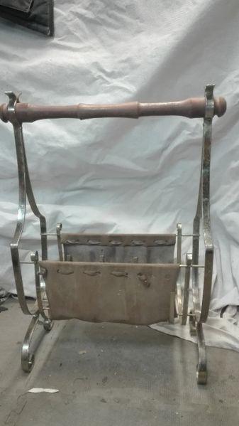 Стара Метална поставка за вестници и друго гр. Кубрат - image 1