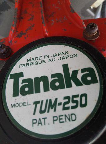Моторна коса Tanaka на части.