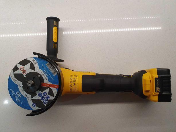 Inchiriere flex/polizor unghiular cu baterie - 40Ron/24h