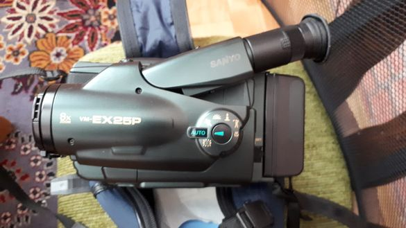 Камера с касета.