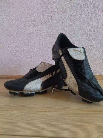 Футболни обувки:Puma nomer 41