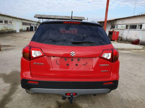 Vând Suzuki Vitara model 2018 Avariat