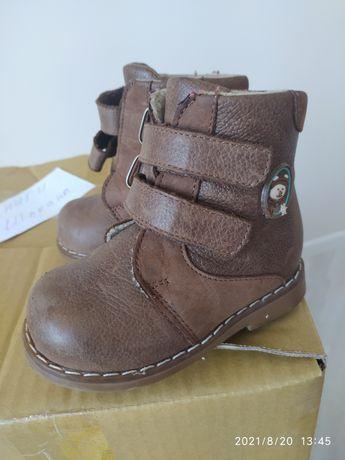 Ботиночки на осень шаговита 21 размер, почти новые, теплые внутри