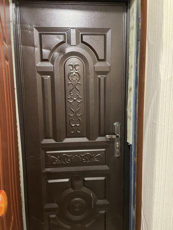 Продам двери за 15000