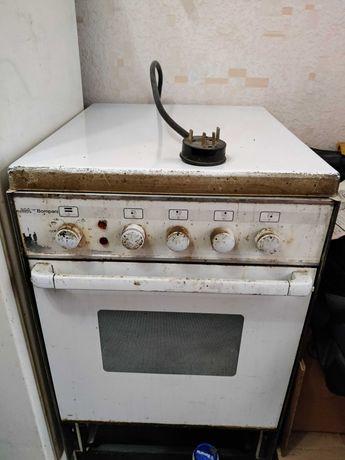 Продам б/у Электро-плиту итальянской фирмы Bompani. Рабочая.