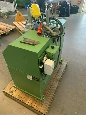Машина за рязане на стъклодържатели WEGOMA-Германия за дограма