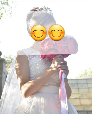 Продам свадебное платье размер 38-40