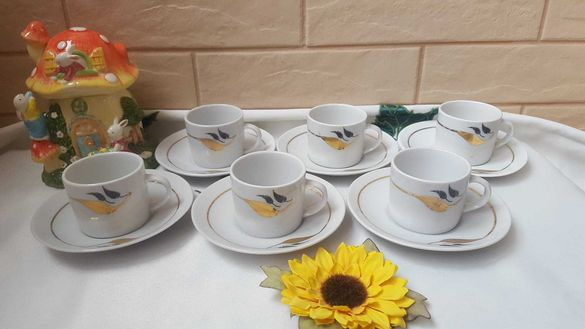 Нов български комплект за кафе със златен кант и листо