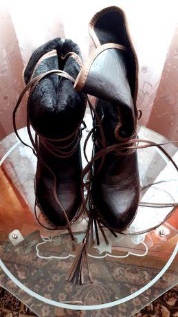 Ghetuțe de damă culoare negru