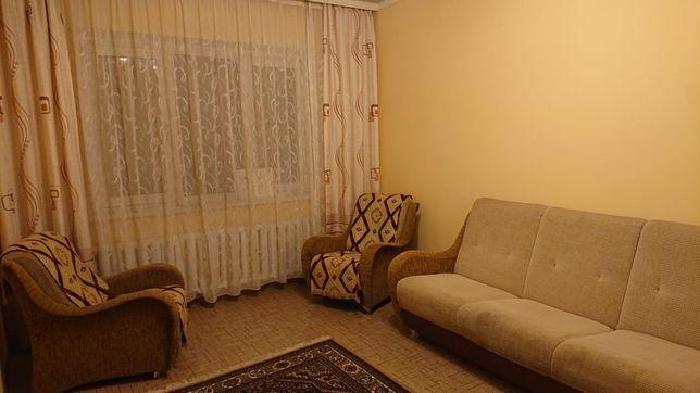 Продам диван с креслами, кровать с матрацем и шкаф