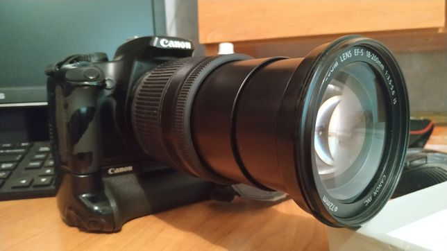 Продается фотоаппарат Canon D1000 в комплекте.