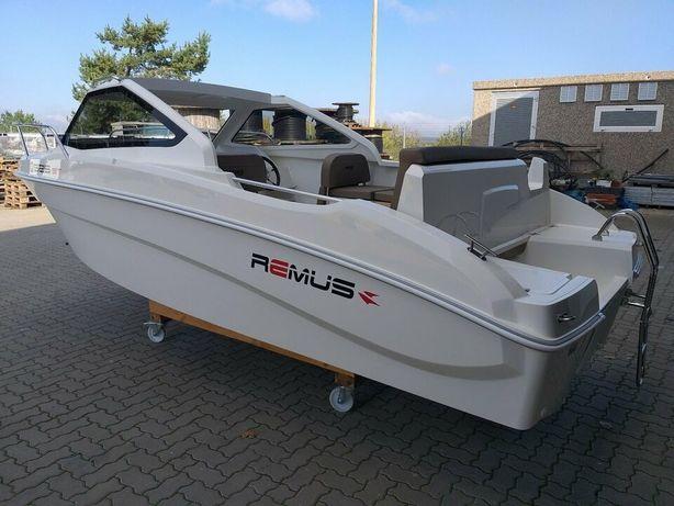 Vand barca Remus 525 ST