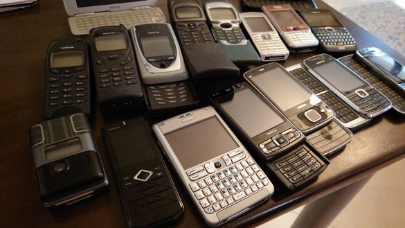 Нокия /Nokia 7110,8110,N95,N96,7900,7200,E63,E75,5730,E7,E50,9300,Е61i