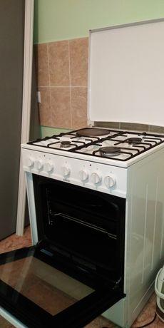 Продам плита3+1 горенж