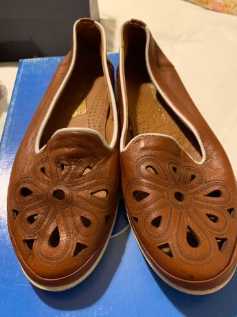 Vind pantofi vara Dama,marimea 37