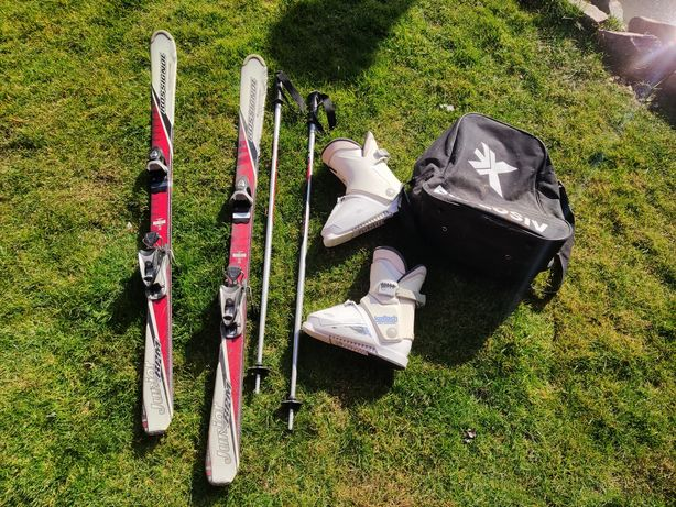 Pachet ski-uri 140cm, bete si clapari marimea 36 incepatori