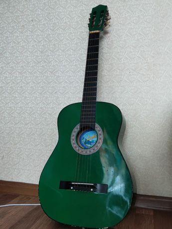 Продам гитару ,продам гитару