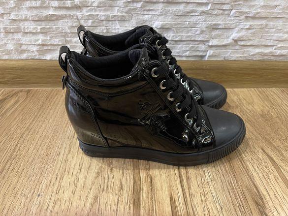 Страхотни обувки Calvin Klein Ritzy черен лак, 38 номер, 100% Original