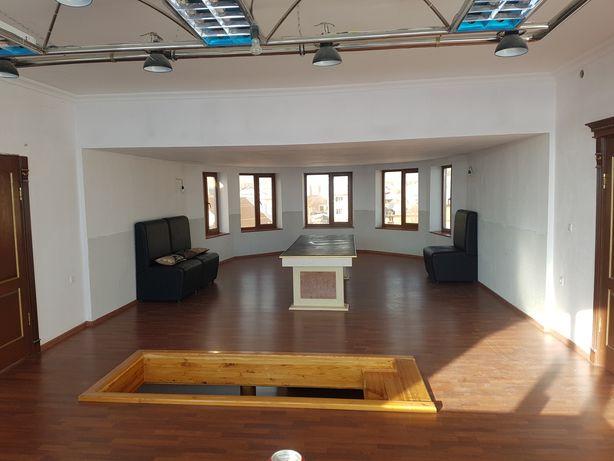 Сдам Котеж три этажа на Юговостоке