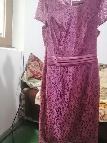 Vind rochie de dantelă