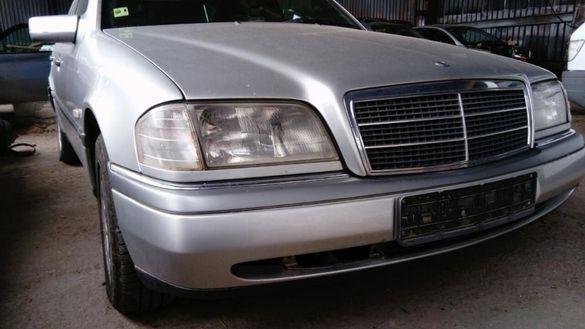 Mercedes C220D W202 на части