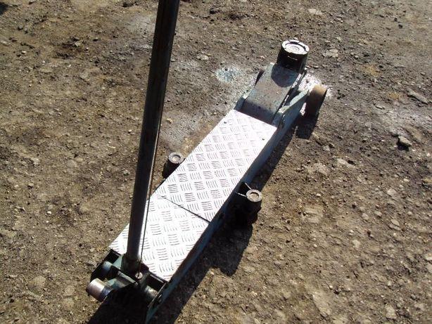 Cric auto, tip crocodil 18 tone