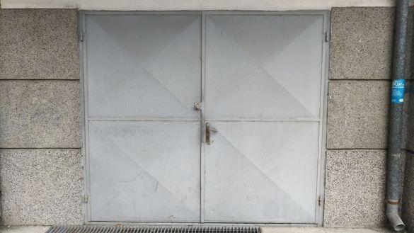 Метални Гаражни врати 2,33х2,10м - 2бр.