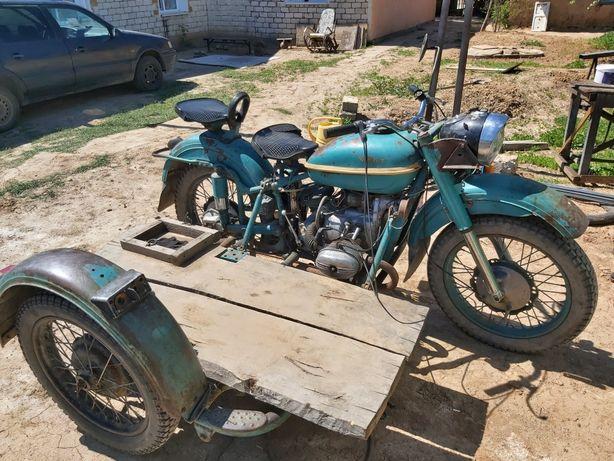 Мотоцикл Урал 6 волтовый