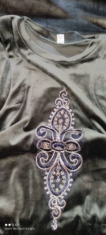 Платье из мягкой, ткани