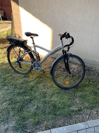 Bicicleta electrică b'twin original 700